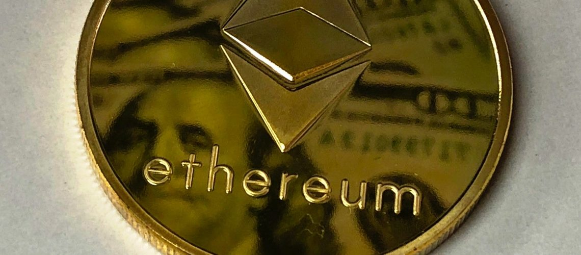 round-gold-colored-ethereum-ornament-730552